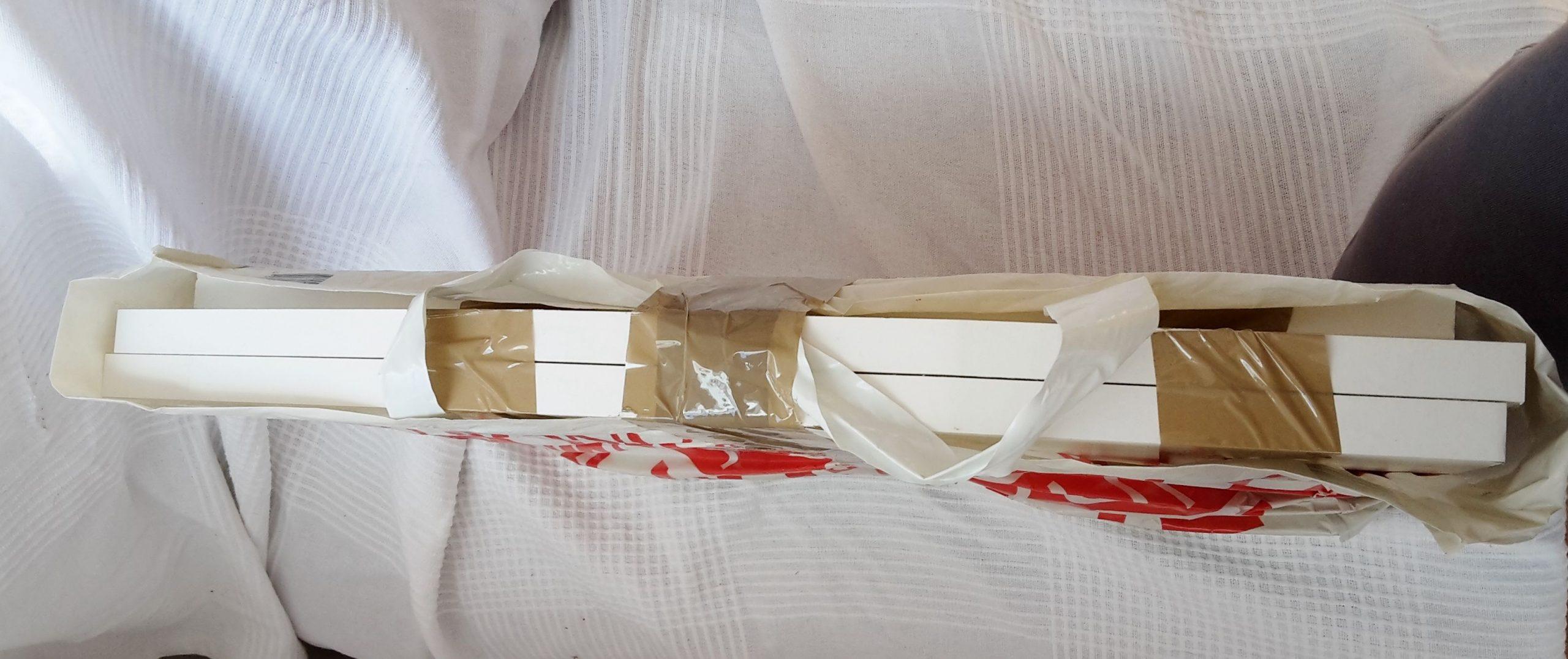 attacher les planches des meubles
