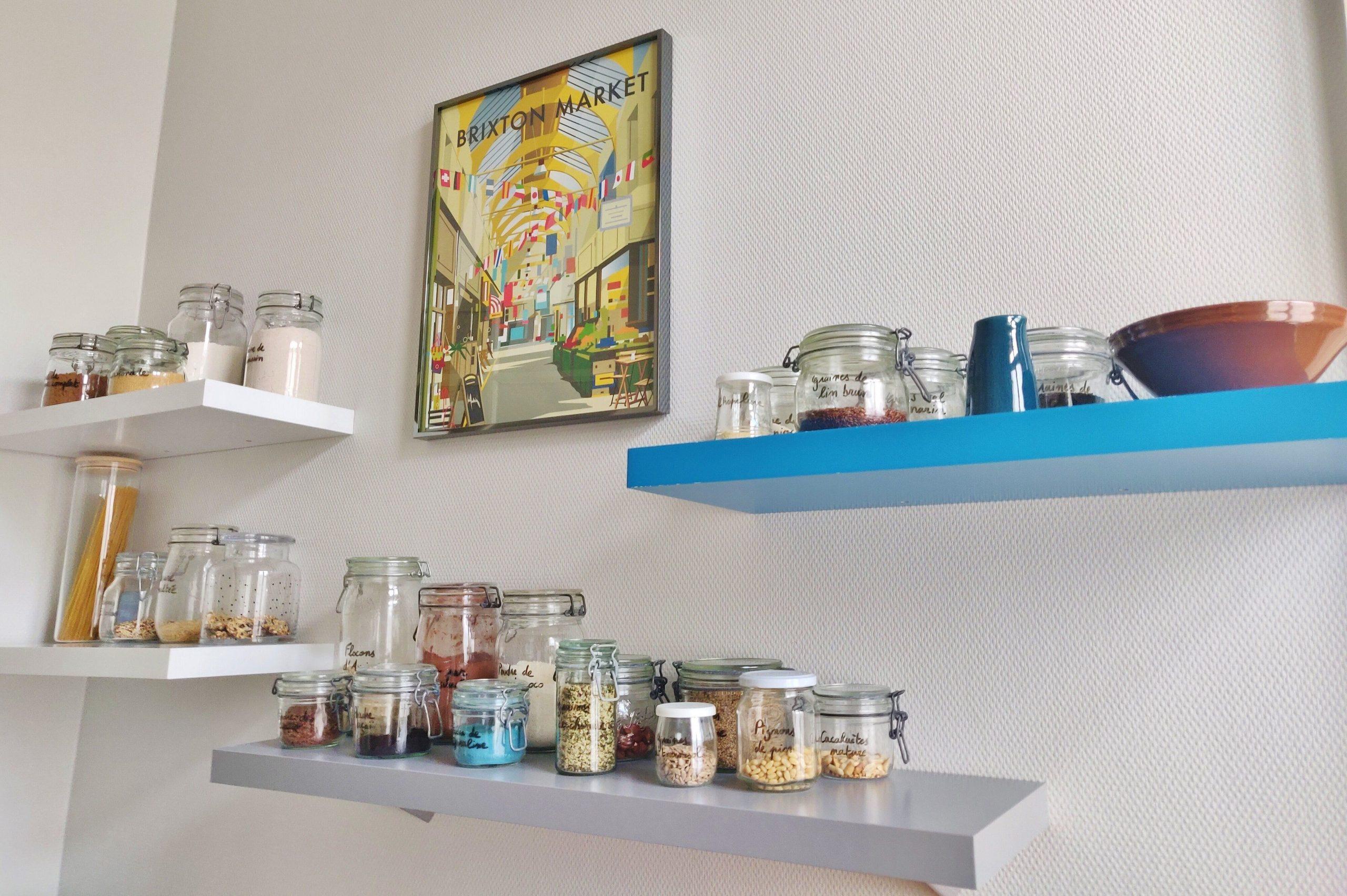 rangement étagères de cuisine